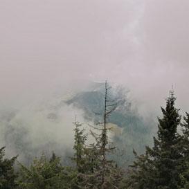 Ceata de dimineata pe Muntele Ceahlau